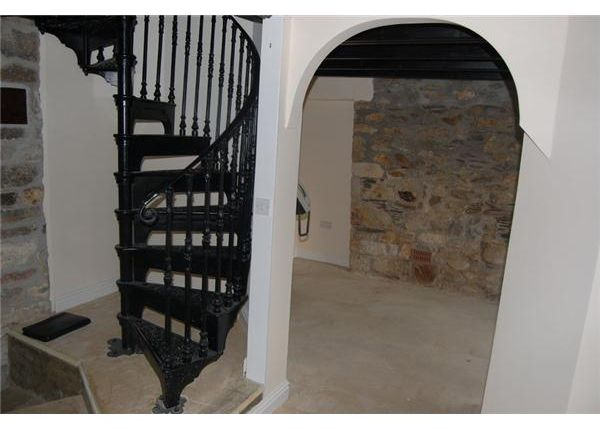 8 The Square, Pentewan Stairs