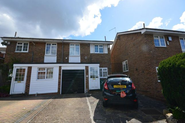 Thumbnail Property to rent in Grennell Road, Sutton