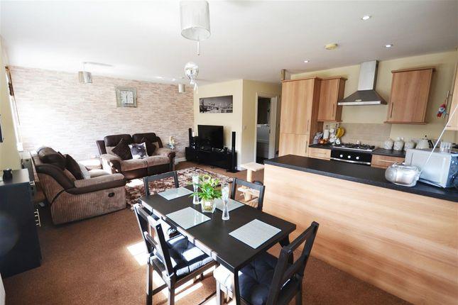 Thumbnail Flat for sale in Hampton Court, Basildon Road, Basildon