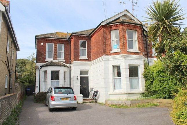 Thumbnail Flat to rent in Richmond Road, Worthing