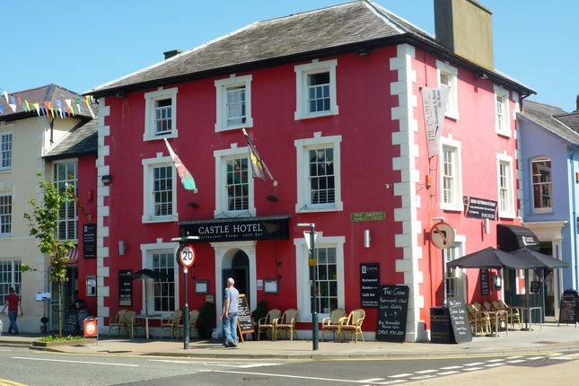 Thumbnail Hotel/guest house for sale in Aberaeron, Dyfed