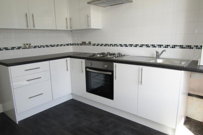 Thumbnail Maisonette to rent in Holmfield Road, Bispham