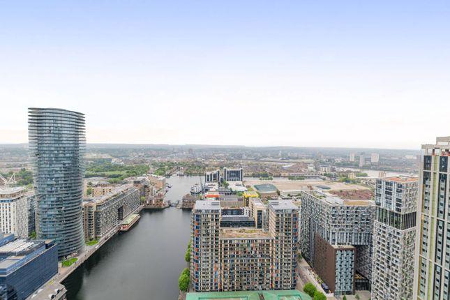 Thumbnail Flat to rent in Pan Peninsula Square, Canary Wharf, London