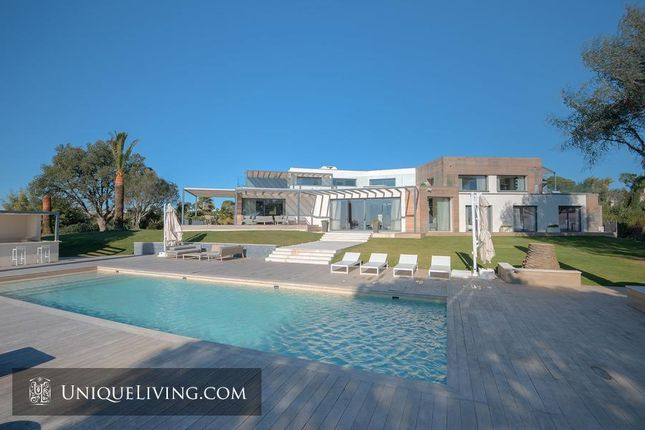 8 bed villa for sale in Cannes, French Riviera, France