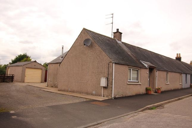 Thumbnail Bungalow to rent in Main Street, Luthermuir, Laurencekirk