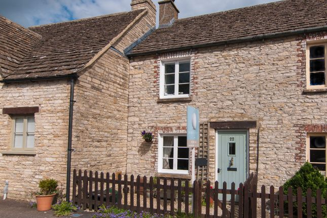 Thumbnail Cottage to rent in Cliff Road, Sherston, Malmesbury