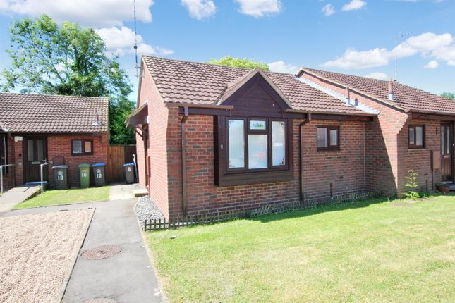 Thumbnail Bungalow to rent in Mill Pleck, Studley