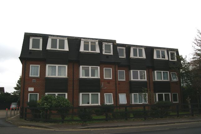 Thumbnail Flat to rent in Ibbortson Court EPC - D, Poyle Road, Colnbrook