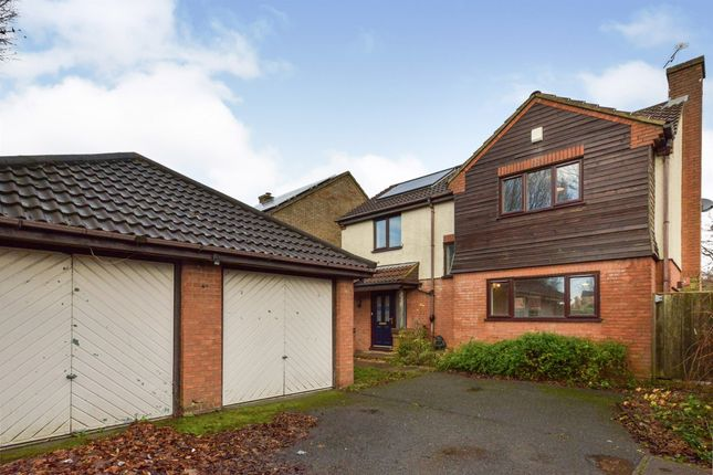 Detached house for sale in Kinross Drive, Bletchley, Milton Keynes