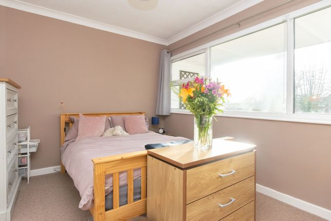 Bedroom 1 A of North Hill Close, Roundhay, Leeds LS8