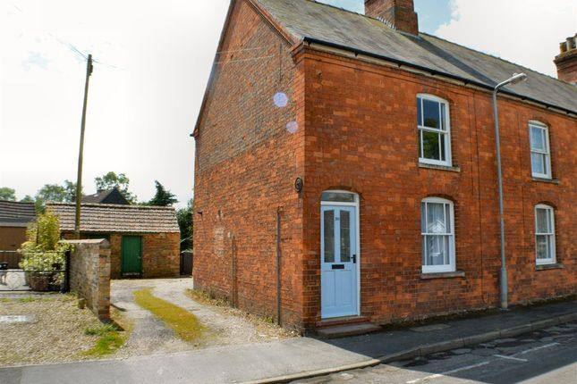 Thumbnail Terraced house to rent in St. Andrews Street, Heckington, Sleaford