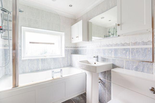 Family Bathroom of Redhill Wood, New Ash Green, Longfield DA3
