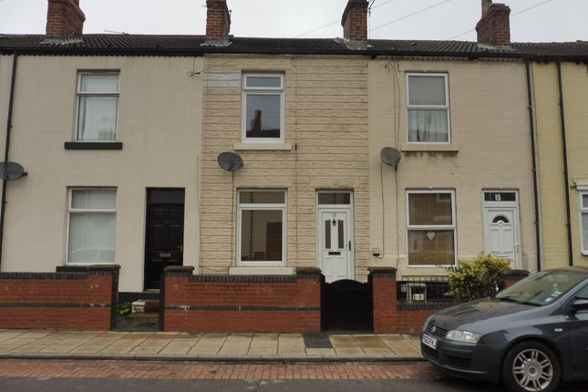 Thumbnail Terraced house to rent in Lower Oxford Street, Castleford
