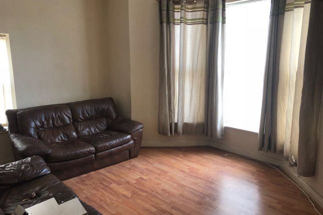 Thumbnail Flat to rent in Carr Street, Hindley