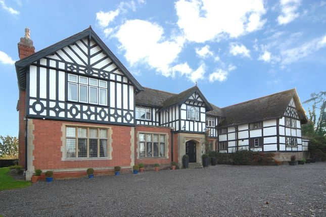 Thumbnail Country house for sale in Conigree Road, Newent