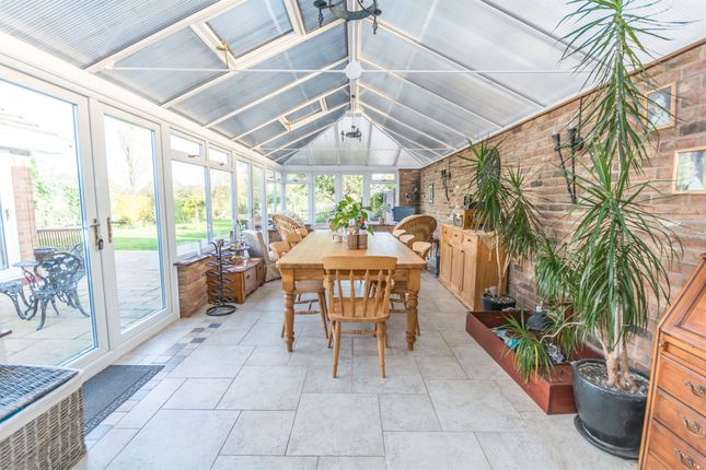 3 bed detached bungalow for sale in Earlswood Common, Earlswood, Solihull