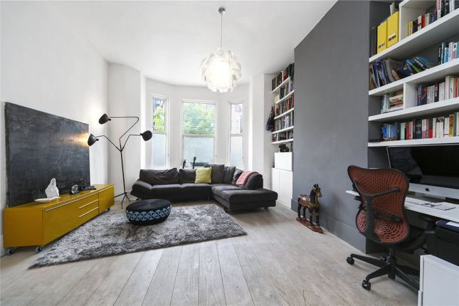 Thumbnail Flat for sale in Buckley Road, London