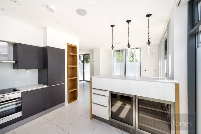 Thumbnail Property to rent in Prince Of Wales Road, London