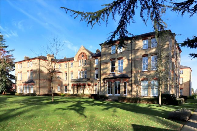 Thumbnail Flat for sale in Mallard Road, Abbots Langley