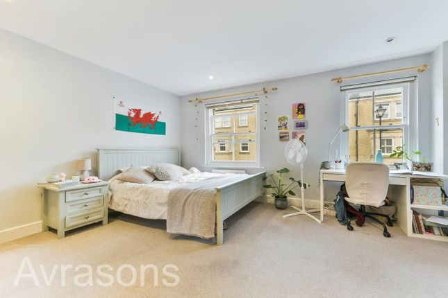 Thumbnail Property to rent in Sullivan Road, London