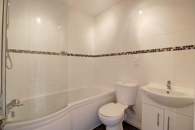 Bathroom 1 of Jasmine Crescent, Princes Risborough HP27