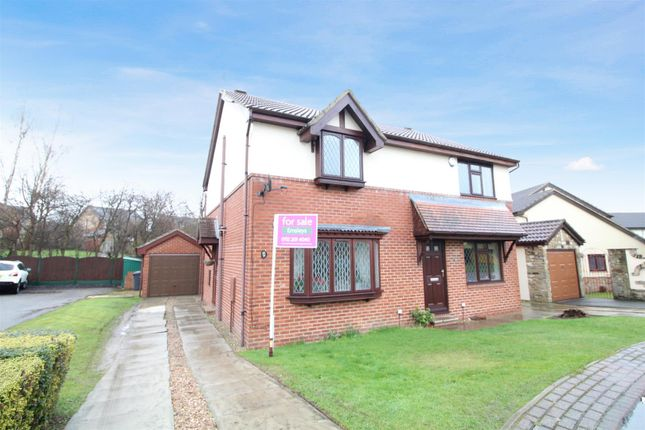 Thumbnail Semi-detached house for sale in Hopefield Way, Rothwell, Leeds