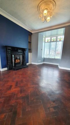 4 bed semi-detached house to rent in Wern Street, Tonypandy, Rhondda, Cynon, Taff. CF40