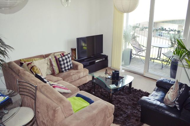 Flat for sale in Stillwater Drive, Manchester