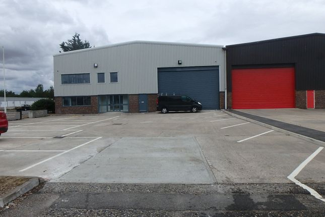 Thumbnail Warehouse to let in Atholl Road, Chelmsford