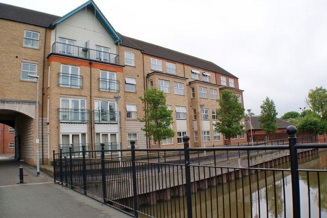 Thumbnail Flat for sale in Riverside Lawns, Peel Street, Lincoln