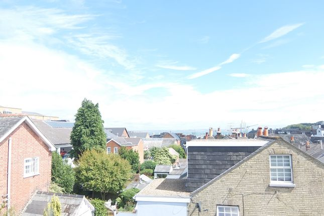 Thumbnail Terraced house to rent in St Marys Road, Cowes