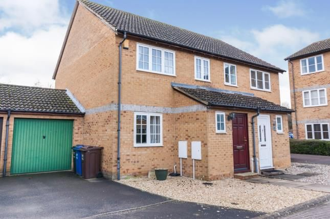 Front of Kestrel Way, Bicester, Oxfordshire OX26