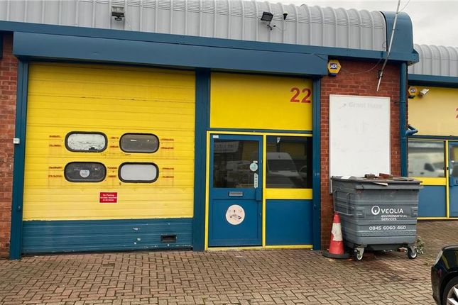 Thumbnail Industrial to let in Unit 22 Walthamstow Business Centre, Clifford Road, Walthamstow, London