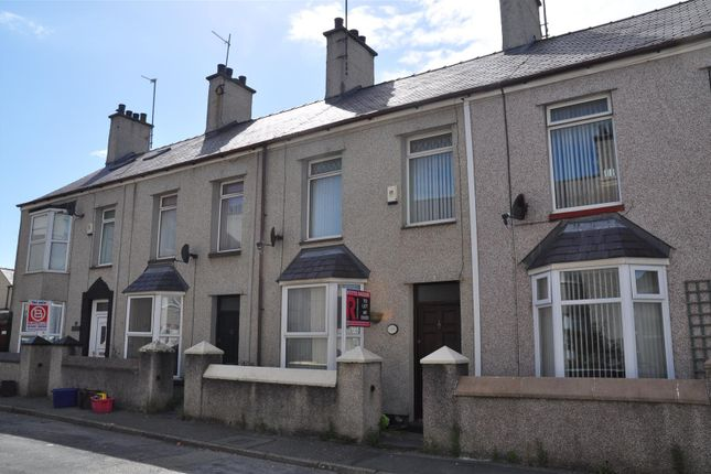Thumbnail Property to rent in Leonard Street, Holyhead