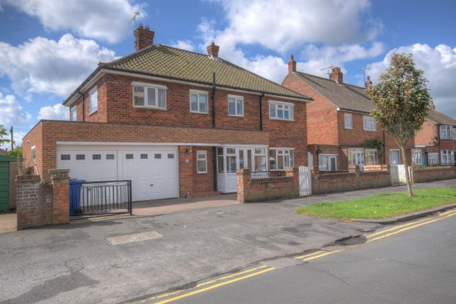 Thumbnail Detached house for sale in Second Avenue, Bridlington