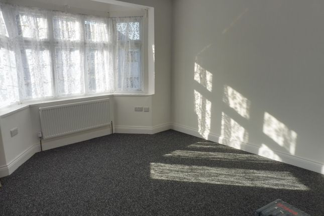 Thumbnail Property to rent in Belfairs Drive, Chadwell Heath, Romford