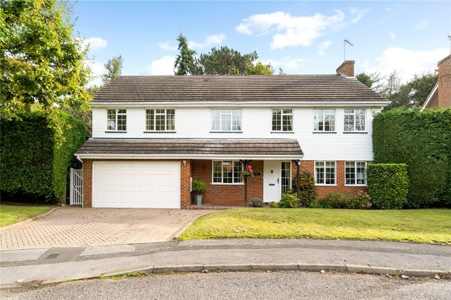Thumbnail Detached house for sale in Valentine Way, Chalfont St. Giles, Buckinghamshire