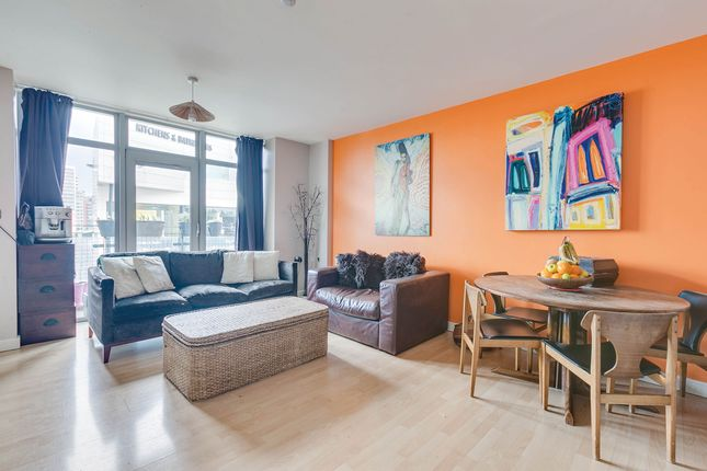 Flat for sale in Townmead Road, London