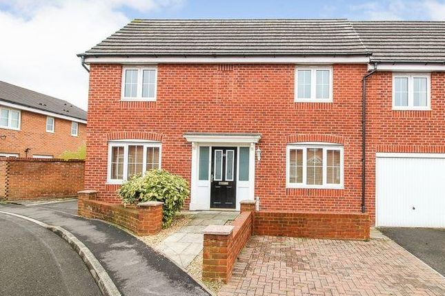 Thumbnail Semi-detached house to rent in Yeomanry Close, Thatcham