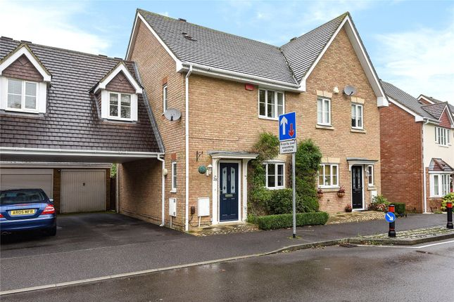 Thumbnail Semi-detached house to rent in Goddard Way, Bracknell, Berkshire