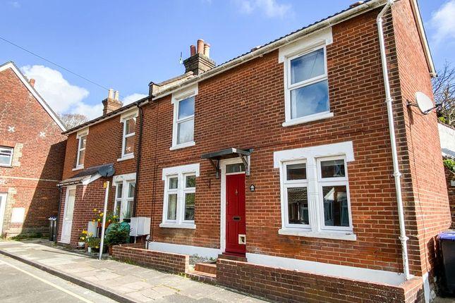 2 bed semi-detached house to rent in Hartington Road, Salisbury SP2