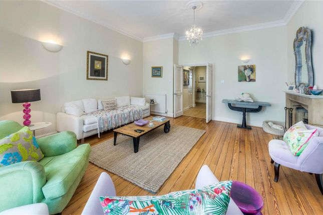Living Room of London Road, Arundel, West Sussex BN18