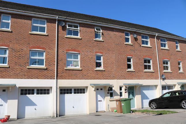 Thumbnail Town house for sale in Blacksmith Close, Oakdale, Blackwood