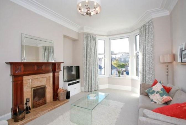 Thumbnail Flat to rent in Braemar Place, Aberdeen