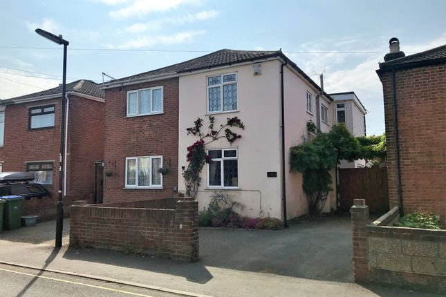 Thumbnail Semi-detached house for sale in Kingston Road, Shirley, Southampton