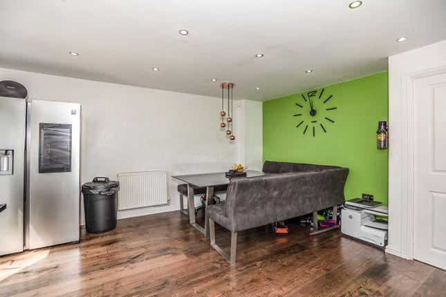 4 bed terraced house for sale in Oak Tree Lane, Leeds LS14