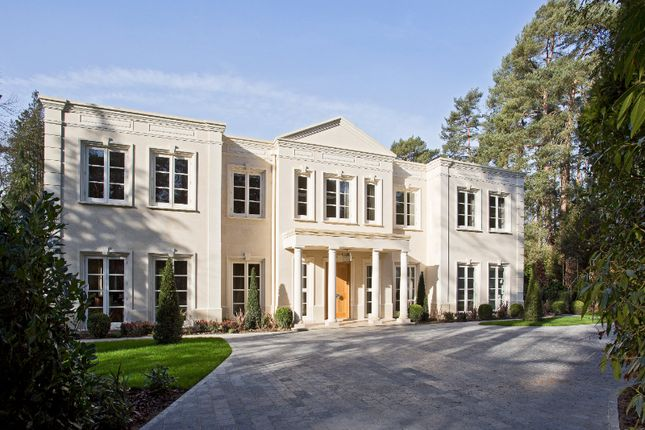 Thumbnail Property for sale in Wellington Avenue, Wentworth, Virginia Water