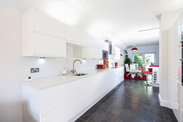 Thumbnail Detached house to rent in Church Lane, Rotherfield Peppard