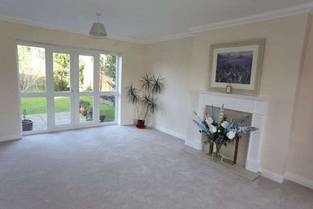 Sitting Room of Potter Close, Willaston, Nantwich CW5