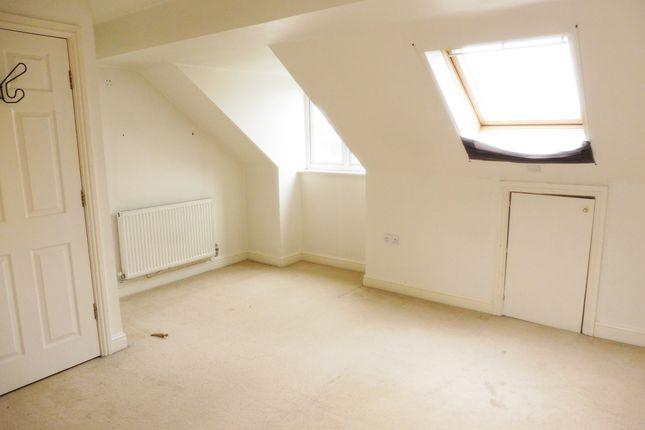 Master Bedroom of Pitt Street, Wombwell S73